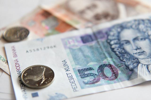 Bankomat půjčka pred vyplatou qi